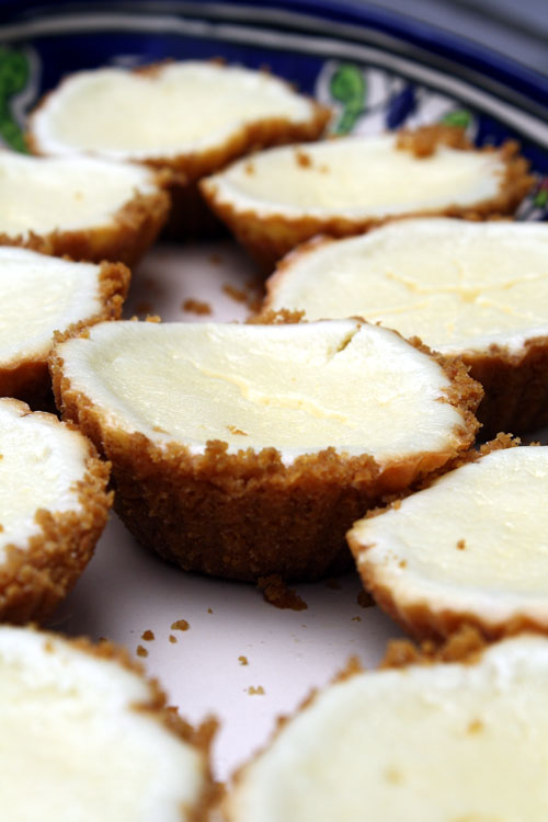 Cheesecake Tartlettes - Delishhh